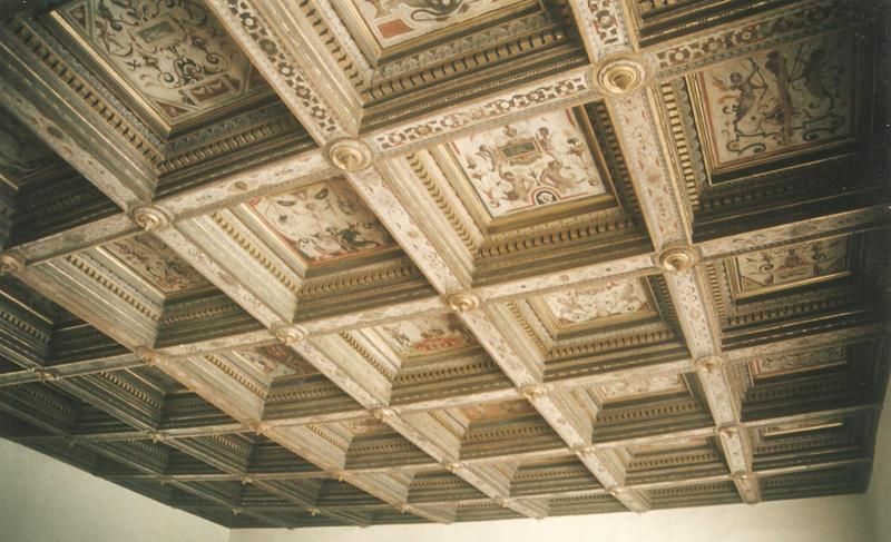 il soffitto decorato di palazzo del Duca di Senigallia