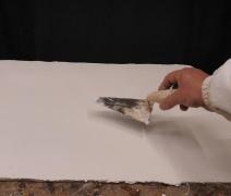stesura-della-calce-con-cazzuola