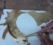 brunitura-delloro-polishing-of-the-golden-leaf