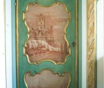 porta-laccata-con-dipinti-ad-olio-su-tela-dopo-il-restauro